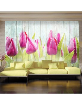 Fotobehang - Tulips on white wood